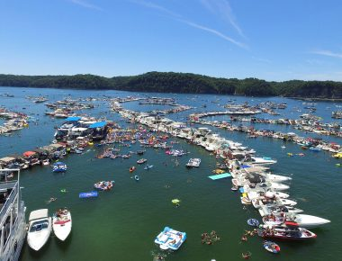 Lake Cumberland RaftUp